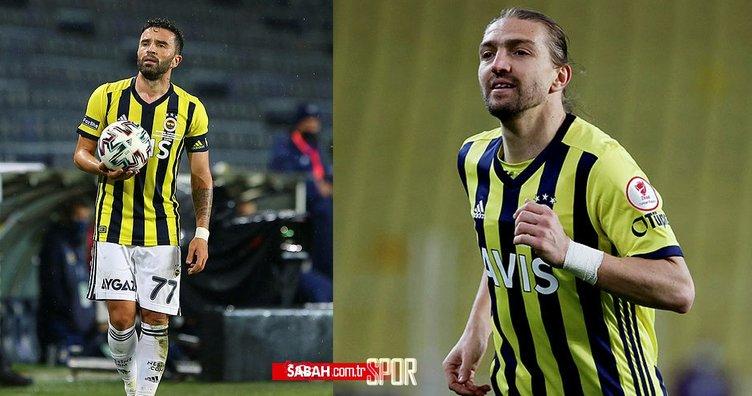 Son dakika haberi: Fenerbahçe'de Gökhan, Caner ve Ozan futbolcuları topladı! İşte toplantıdan çıkan sonuç...