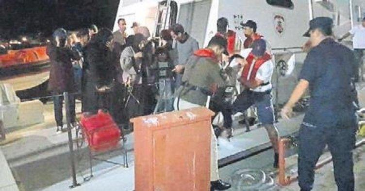 İzmir'de 48 kaçak göçmen kurtarıldı