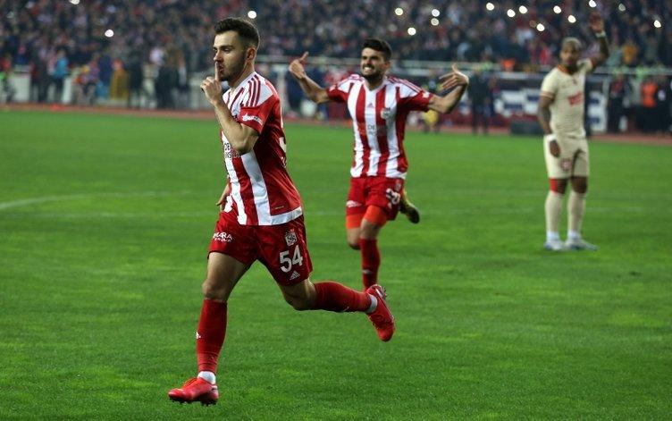 Süper Lig'in yıldızları Galatasaray'a!