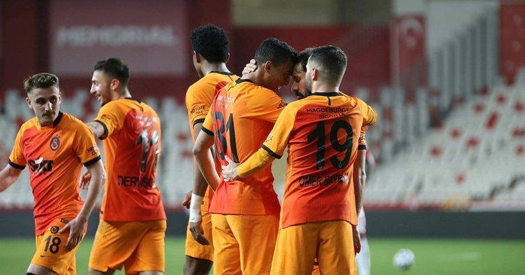 Son dakika: Galatasaray'da yine yeniden corona virüs şoku! 3 futbolcu hastalığa yakalandı...