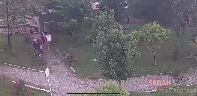 İstanbul´da parkta çocuğa hırsızlık yaptıran aile görünümlü çete kamerada