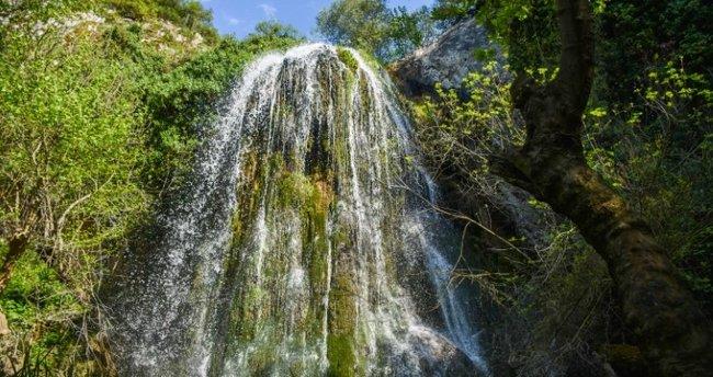 """Doğa harikası """"Kınık Şelalesi"""" Marmara Bölgesi'nin cazibe merkezi olacak"""