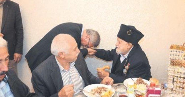 Başkan Çetin şehit aileleriyle iftar yaptı