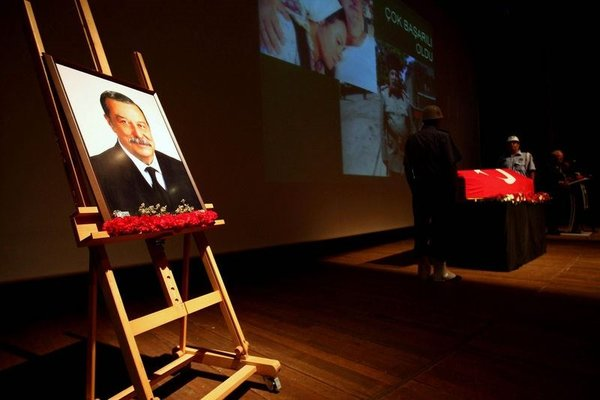Aykut Oray' ın cenaze töreni