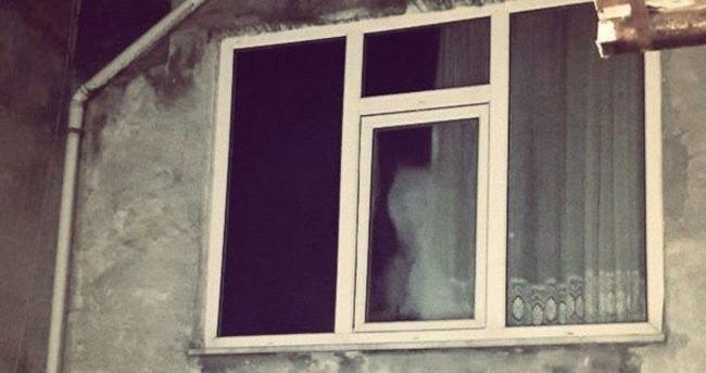 Penceredeki 'hayalet'in gizemi