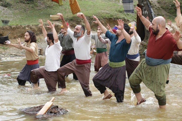 Geym Of Bizans setinde yengeç dansı