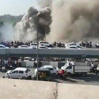 Hindistan'da eğitim merkezinde yangın: 12 ölü!
