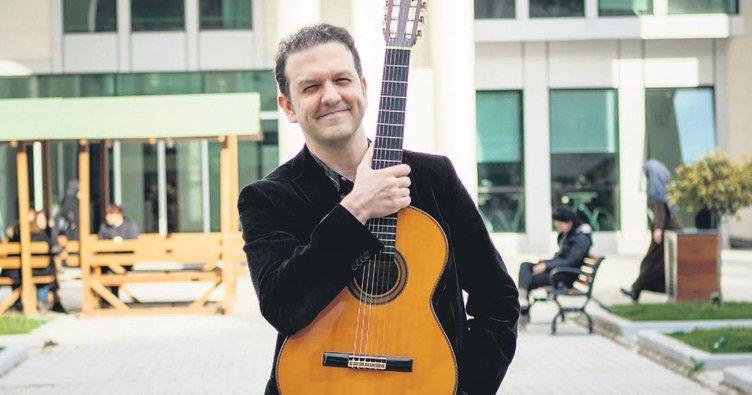 İlahiyat fakültesinin gitarist profesörü