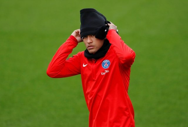 Dünyanın en zengin futbolcusu ile tanışın: Faiq Bolkiah