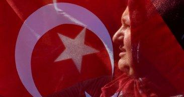 Almanya'da Erdoğan'a sevgi seli