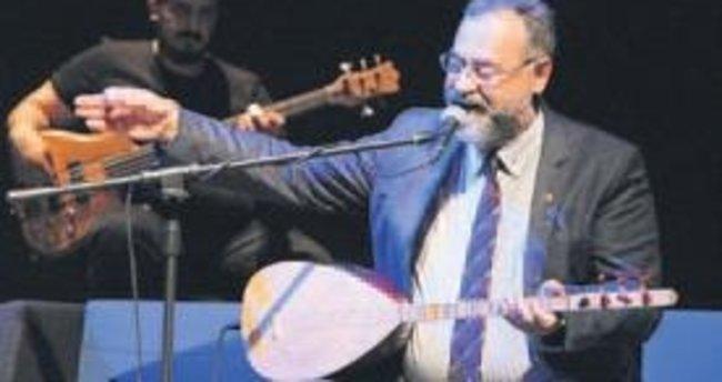 Tolga Çandar'dan türkü ziyafeti