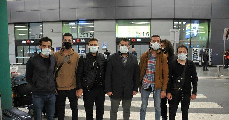 Türk işçiler Dubai'de mahsur kalmıştı: Yurda döndüler