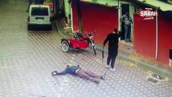 SON DAKİKA: İzmir'de dehşet! Üvey babasını sokak ortasında böyle öldürdü...