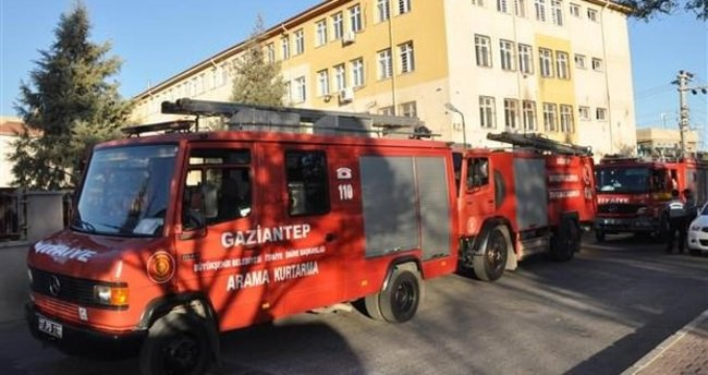 Gaziantep'te okula molotof kokteylli saldırı