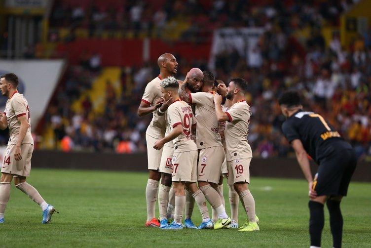 Galatasaray'da flaş gelişme! Yıldız oyuncu ayrılmak istiyor
