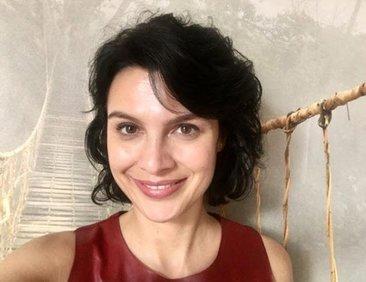 Hercai'nin güzel oyuncusu Feride Çetin sinema...