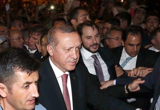 Cumhurbaşkanı Erdoğan demokrasi nöbetinde!