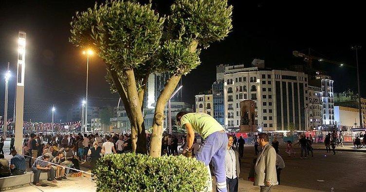 Taksim Meydanı ağaçlandırılıyor