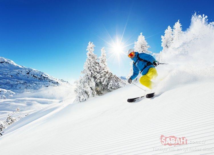 Erciyes'te güneşli havada kayak keyfi