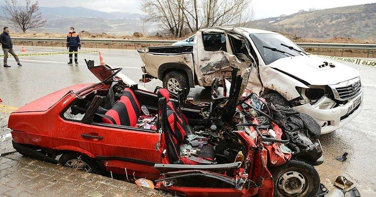 Tunceli'de feci kaza: 2 ölü, 1 yaralı