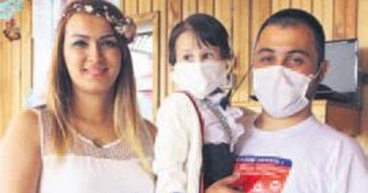 Lösemi hastası Ege bebek ilk doğum gününü kutladı