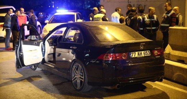 Yol kontrolünde durdurulan otomobilden uyuşturucu çıktı