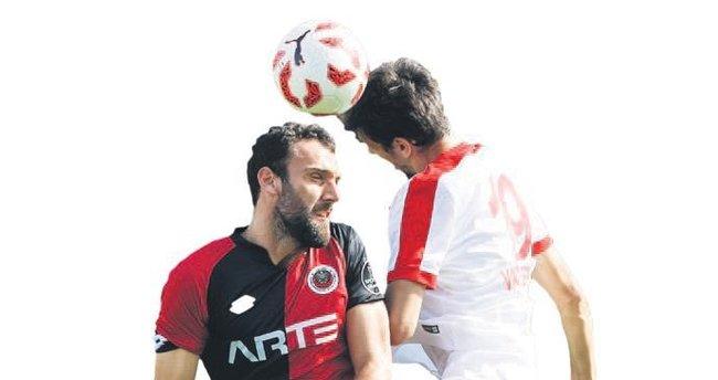 """""""Kosova formasıyla Türkiye'ye karşı oynamak ilginç olacak"""""""