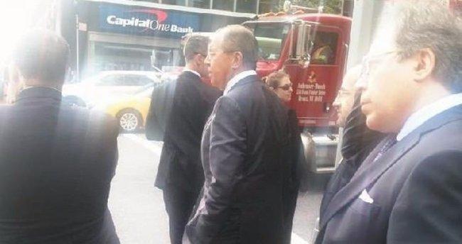 Lavrov, Obama yüzünden yaya kaldı