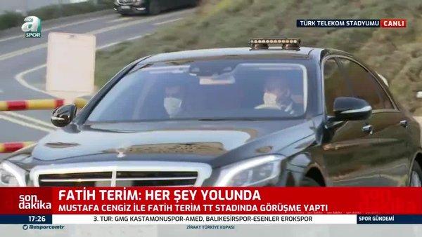 Galatasaray'da kritik toplantı sona erdi