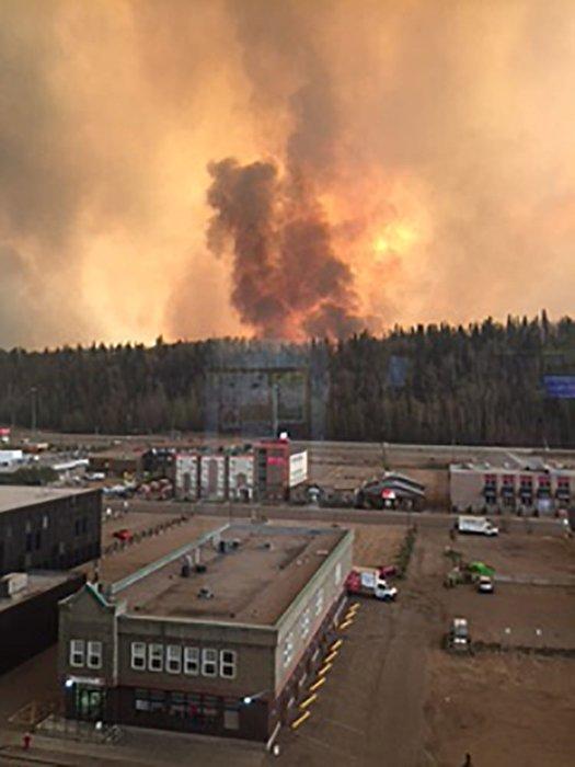 Bir şehir yanıyor!