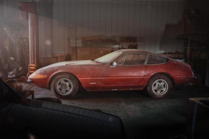 Bir depoda 40 yıllık Ferrari bulundu!