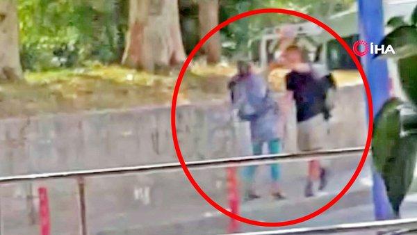 Son dakika haberi: İstanbul'da genç kadından sevgilisi erkeğe sokak ortasında evire çevire feci dayak | Video