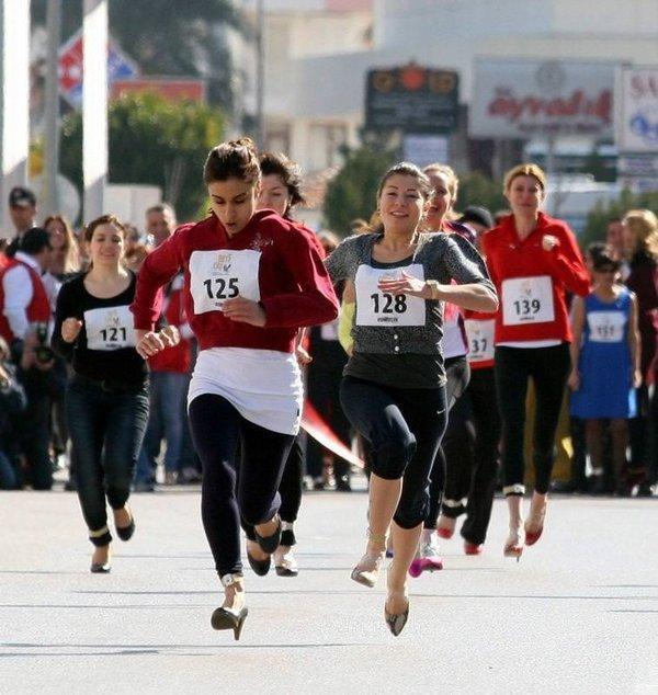 Antalyalı kadınlar 3 bin TL için topukladı