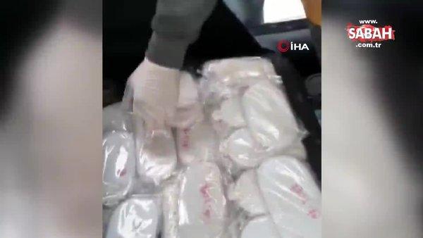 Otomobilin zulasından uyuşturucu çıktı | Video