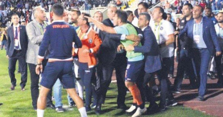 İrfan Can Kahveci Erzurum'u yıktı
