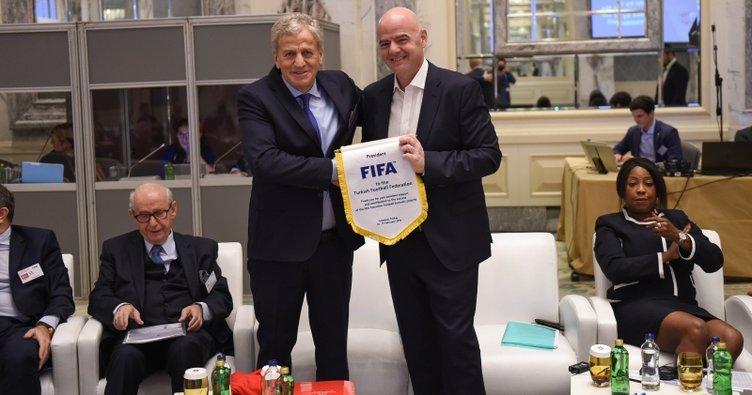 FIFA Futbol Zirvesi, İstanbul'da başladı