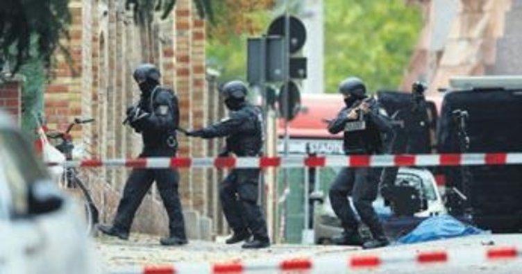 Almanya'da sinagoga silahlı saldırı: 2 ölü