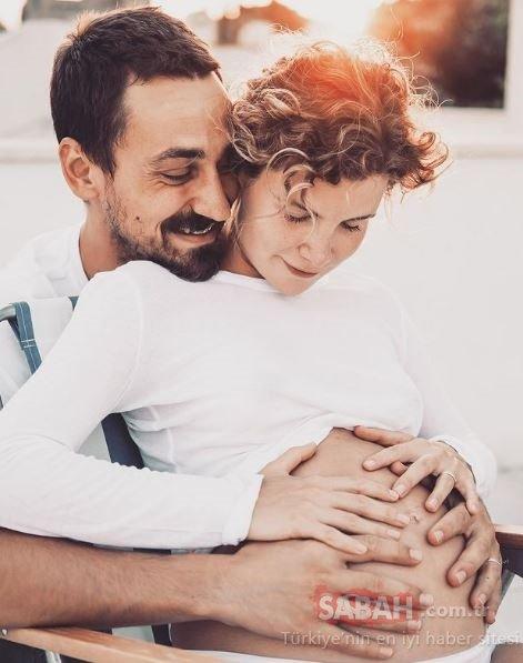 İşte Çocuklar Duymasın'ın Duygu'su Ayşecan Tatari'nin kızı Müjgan! Sosyal medyadan yaptığı doğum paylaşımı olay olmuştu! İşte Müjgan bebek o artık 40 günlük!