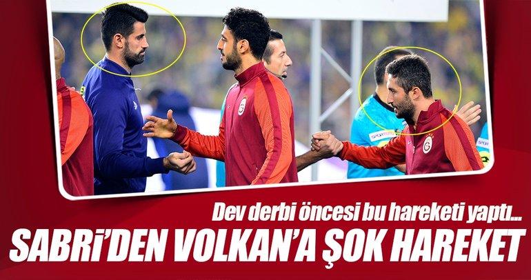 Sabri, Volkan'ın elini sıkmadı!