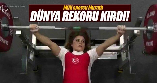 Milli halterci Muratlı'dan dünya rekoru!