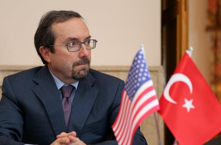 10 soruda John Bass Türkiye'de ne yapmak istedi?