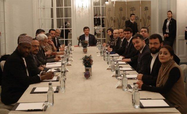 Müslüman Konseyi'ni kabul etti