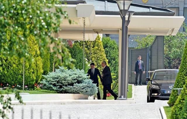 Cumhurbaşkanı Recep Tayyip Erdoğan Deniz Baykal'la görüştü