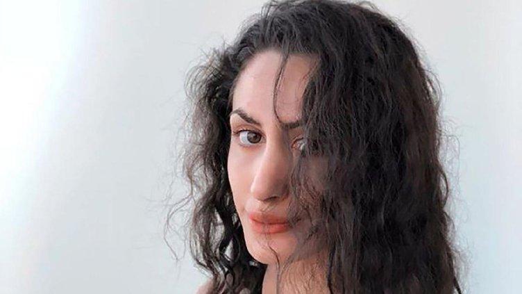 Rusya'da ünlü cinsel sağlık uzmanı, otel odasında çıplak halde ölü bulundu