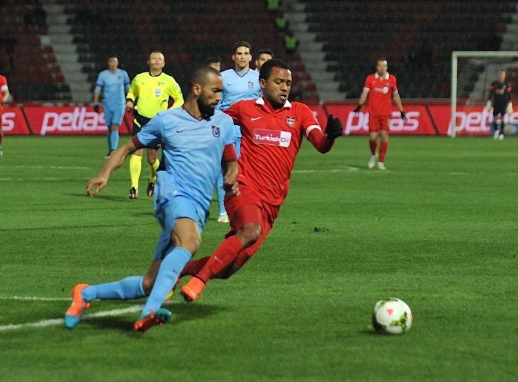 Gaziantepspor-Trabzonspor maçından kareler