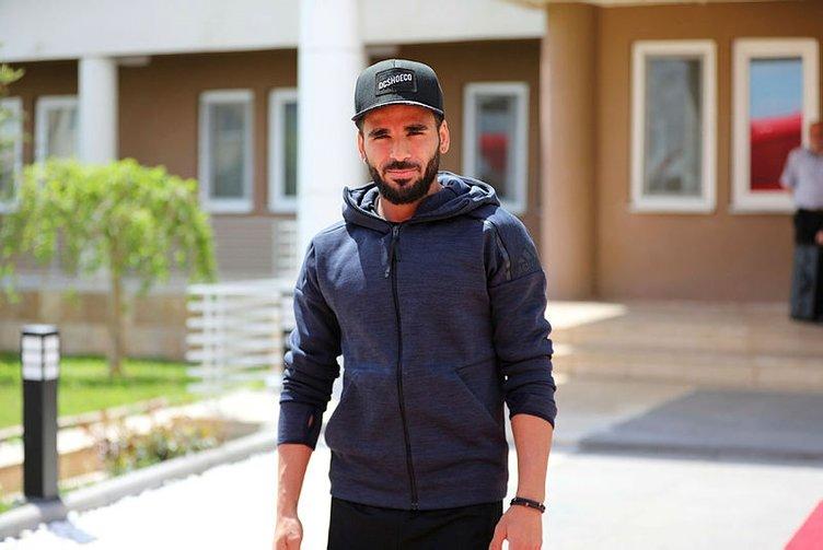 Galatasaray transferde ne yapacak? Galatasaray transferleri... Galatasaray transfer haberleri...