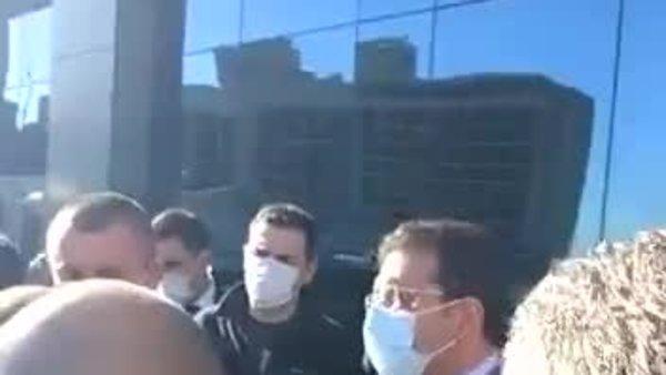 İmamoğlu ile taksiciler arasında gerginlik | Video