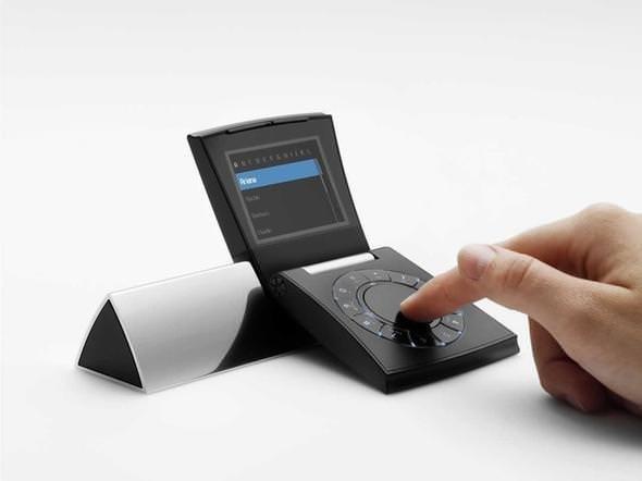 Dünyanın en tuhaf tasarıma sahip telefonları