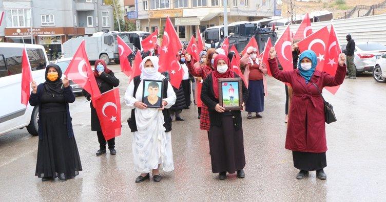 Şırnak'ta Kadınların HDP önündeki eylemi devam ediyor