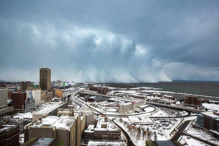 Kar fırtınasında ölü sayısı 9'a yükseldi